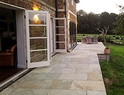 Picture for category MANDALAY BUFF LIMESTONE PAVING