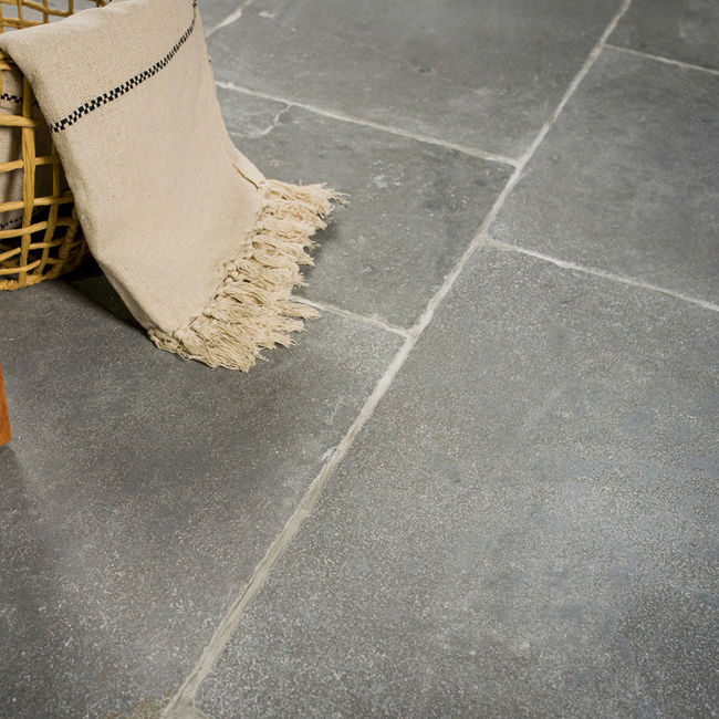 Picture of Rutland Grey Limestone Tiles -  Tumbled