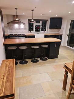 Picture for category AVONDALE TUMBLED & BRUSHED LIMESTONE