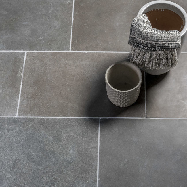 Picture of Highgrove Limestone Tiles - Tumbled