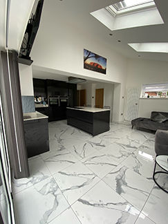 Picture for category STATUARIO AVENZA PORCELAIN