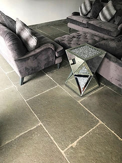 Picture for category RUTLAND GREY TUMBLED LIMESTONE